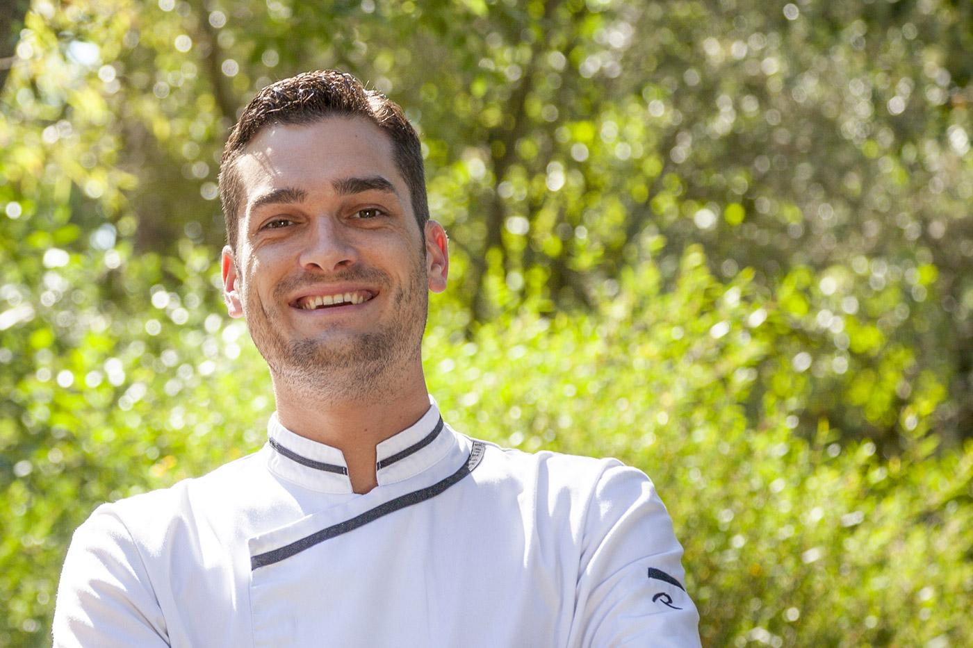 Portrait du chef du restaurant Le Moaï.